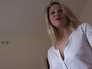 blonde milf babe upskirt flashing